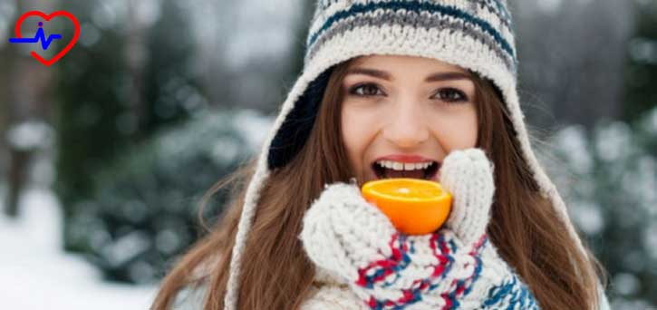 portakal-yiyen-kadin